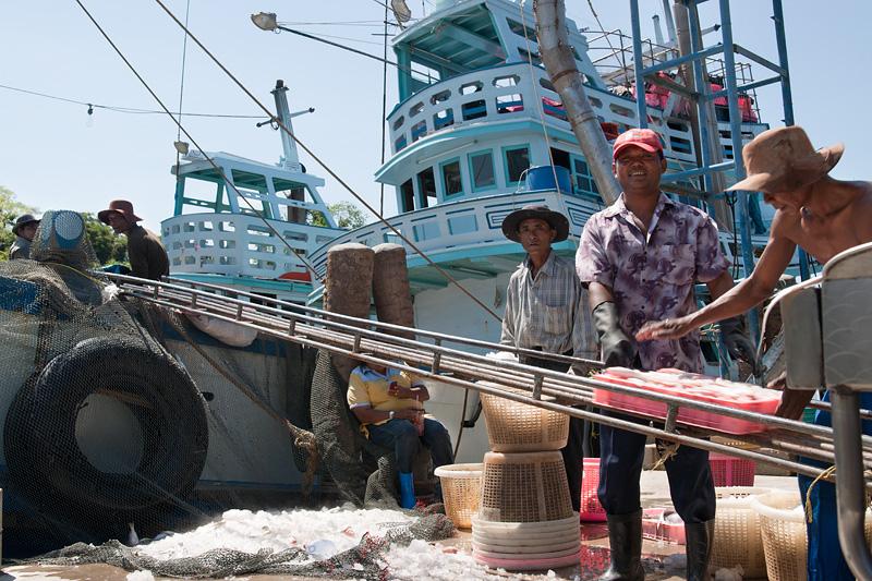 Рыбаки Сиамского залива и другие жители побережья
